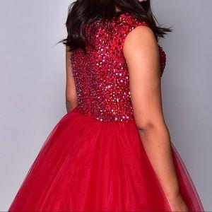 Sherri Hill formal gown